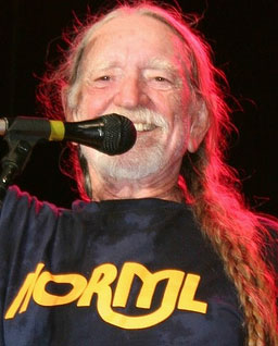 Willie Nelson to Trump: 'Let's go down to a border detention center together'